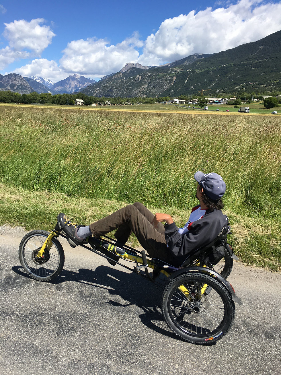 velo et handicap sortie freissinière.JPG