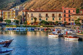Visit at Acciaroli during bike tour Boat&Bike, by irentbike.com