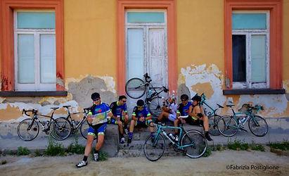 Quick tours,Stop at the Casina Vanvitelliana_irentbike.com