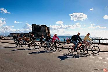 Bike_tours_Naples_Campi_Flegrei_Solfatara_Rione_Terra_irentbike.com