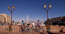 Naples by bike-Borgo Marinari, by irentbike.com