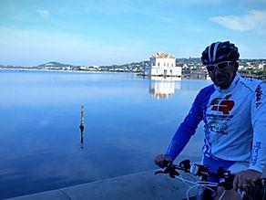 Bike tour and guided visit Casina Vanvitelliana, con irentbike.com