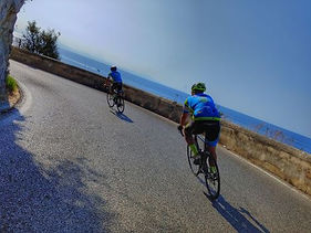 Sailing boat and bike in the gulf Cilento, by irentbike.com