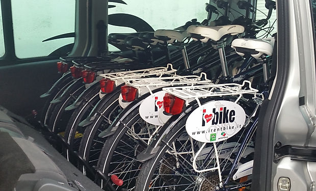 bike transport of irentbike.com.jpg
