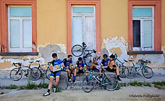 Weeklong bikes tours by irentbike.com