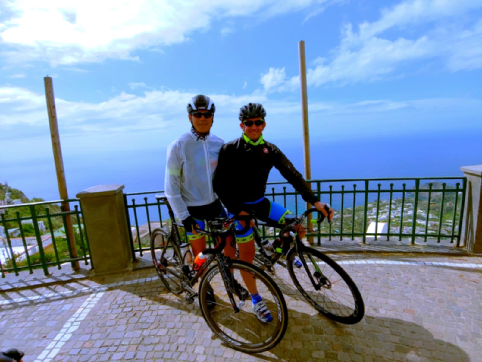 Serrara Fontana in cyclotour with irentb