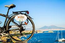In barca a vela e bici nel golfo di Napoli tra Ischia e Capri, by irentbike.com by irentbike.com