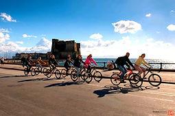 Bike tours Napoli e Campi Flegrei, con irentbike.it