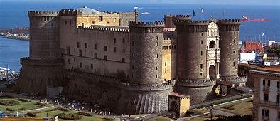 "Bike tours, ""Bike &Kayak"" visit Maschi Angioino Castele of Naples, by irentbike.com"