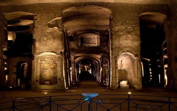 catacombe san gaudioso.jpg