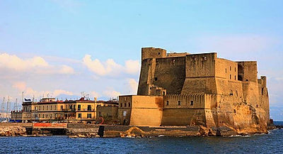 Bike tour and visit the Castel dell'Ovo,irentbike.com