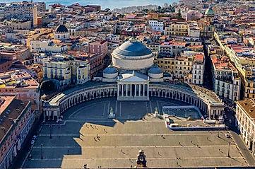 Piazza del Plebiscito, Castel Dell'Ovo, Posillipo; Campi Flegrei, during bike tour with irentbike.com