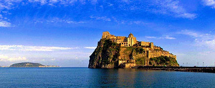 castello-aragonese-di-ischia_bike tour, irentbike.com