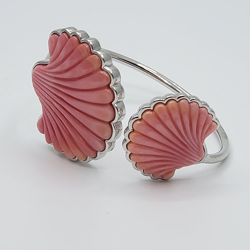 "Conch Shell ""Clam"" Bangle"