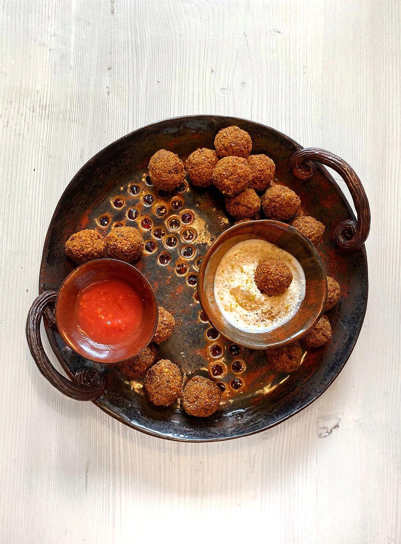 Falafel, rapea, kuohkea ja helppo resepti