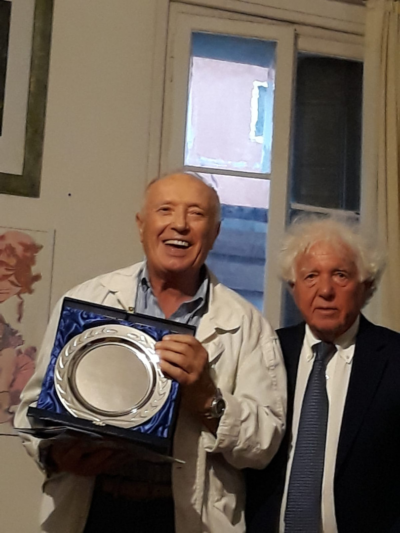 2 Poesia - 1 premio ITALIANO.JPG
