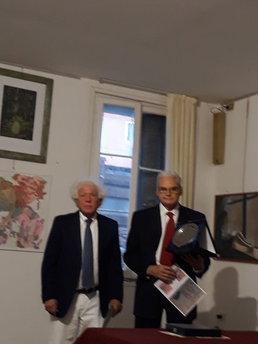 3 Poesia - 2 premio ITALIANO.JPG