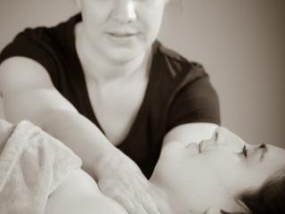Effacer les signes de fatigue et se redonner de l'énergie...Offrez-vous un massage du visage et