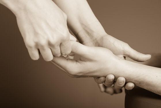 massage des mains.jpg