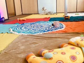 Atelier massage bébé chez Be-ys lors du Family Day!