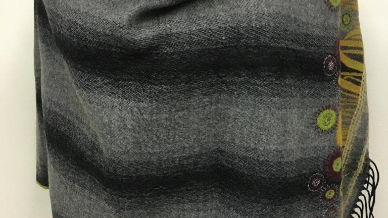 Poncho gris/noir/vert