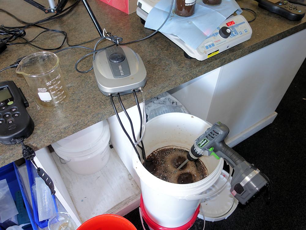 Aquarium Pump with MLSS in a Five Gallon Pail