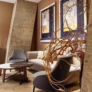 Gallery-Lounge.jpg