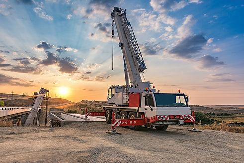Crane Truck 2.jpg