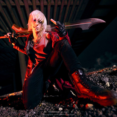023   2020.10.30 Devil May Cry Dante at