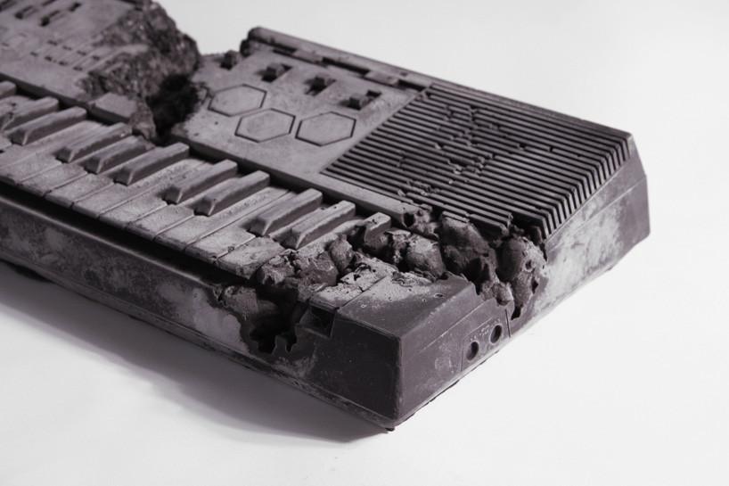 daniel-arsham-x-pharrell-keyboard-in-volcanic-ash-desigboom-03.jpg