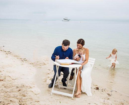 Elopements Port Stephens Marriage Celebrant  Victoria Langham  Hunter Valley/ Newcastle/ Maitland