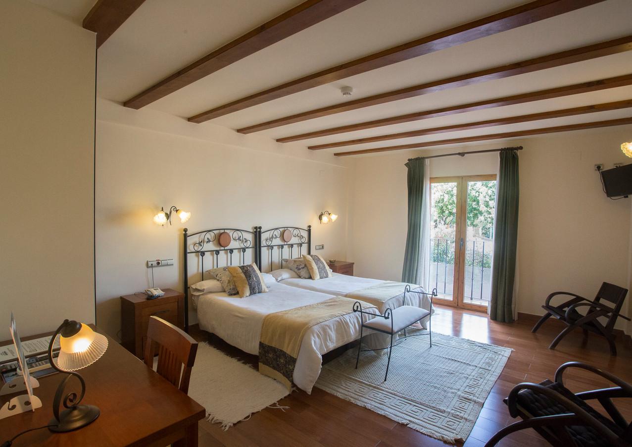 doble-dos-camas-hotel-tossal-altea-1.jpg
