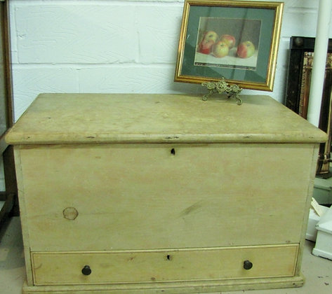 ANTIQUE PINE CHEST/TRUNK WITH DRAWER