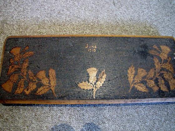 1910 POKERWORK STAND