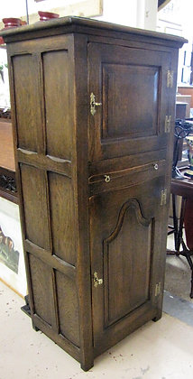 ANTIQUE STYLE SLIM OAK CUPBOARD