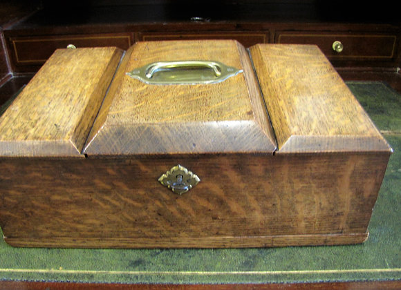 19th Century Antique Oak Humidor Cigar Box.