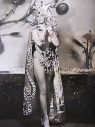 PHOTOGRAPH OF CHRISTINE KEELER IN SHOWGIRL OUTFIT