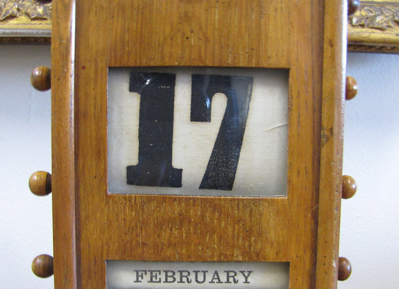 ANTIQUE ENGLISH LIGHT OAK PERPETUAL DESK CALENDAR C.1900