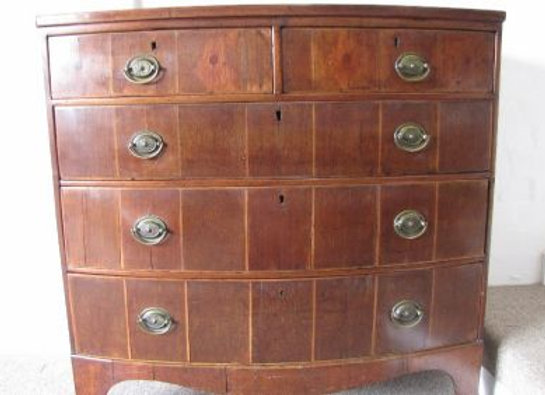 Early 19th Century Bow Fronted & Inlaid Mahogany Chest of Drawers