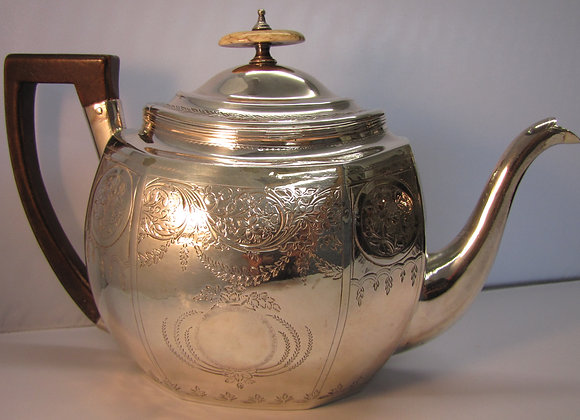 George III SILVER TEA POT 1802