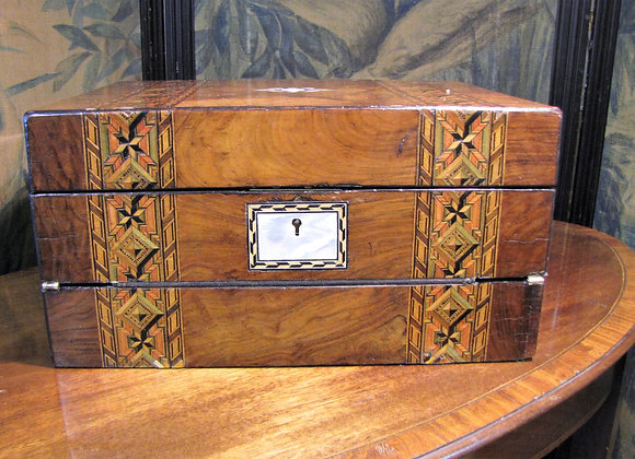 VICTORIAN LADIES TRAVELLING WRITING JEWELLERY BOX