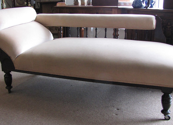 Mahogany Upholstered Chaise Longue