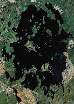 Satellite_picture_of_Lake_Nipigon.jpg