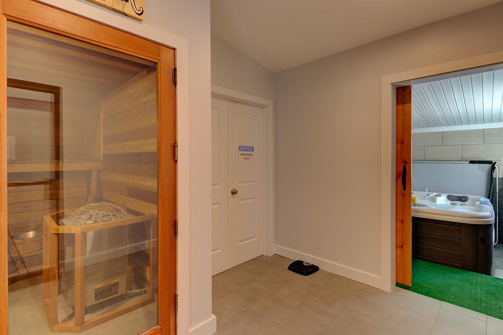 Indoor Hot Tub & Sauna in Pagosa Springs at RiverWalk Inn