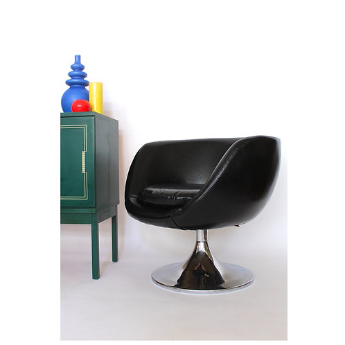 Black Vinyl Space Age Pod Chair