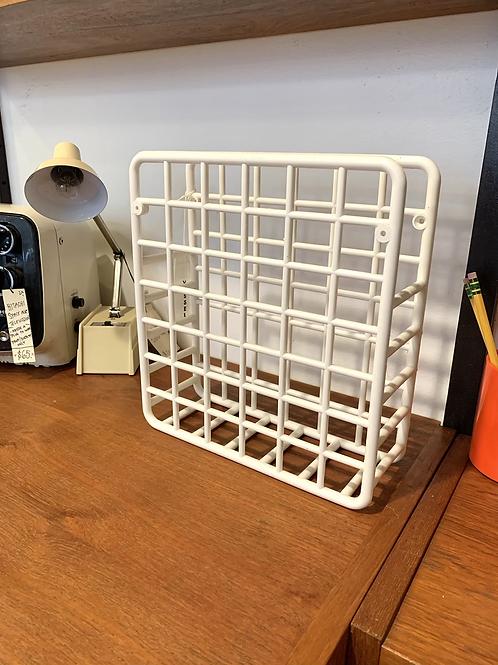 80s Grid Mag Rack