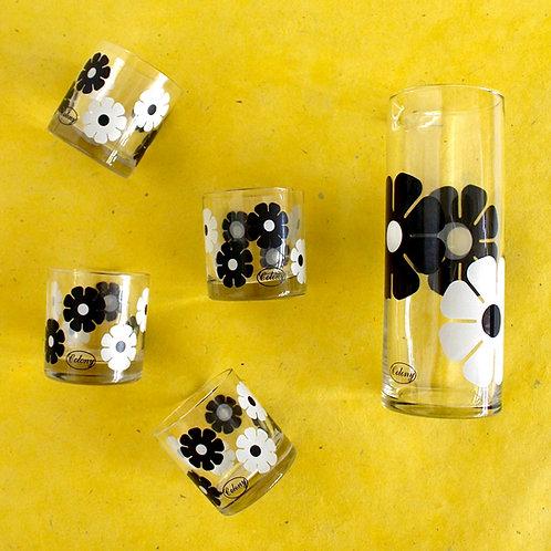 Black and White Mod Colony Daisy Set