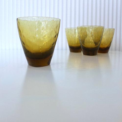 Amber Geometric Glasses