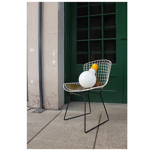 Knoll Side Chair with Olive Green Pad