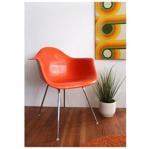Vintage Fiberglass Herman Miller Chair